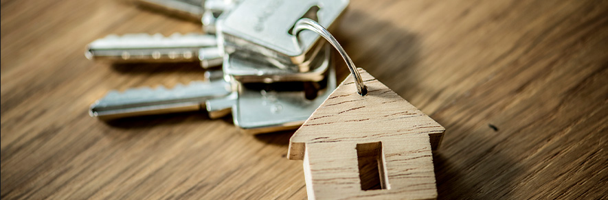 klucze z brelokiem